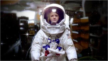 Officemax-astronaut