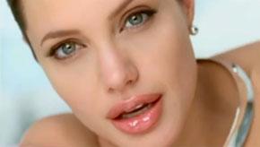 Angelina Jolie'