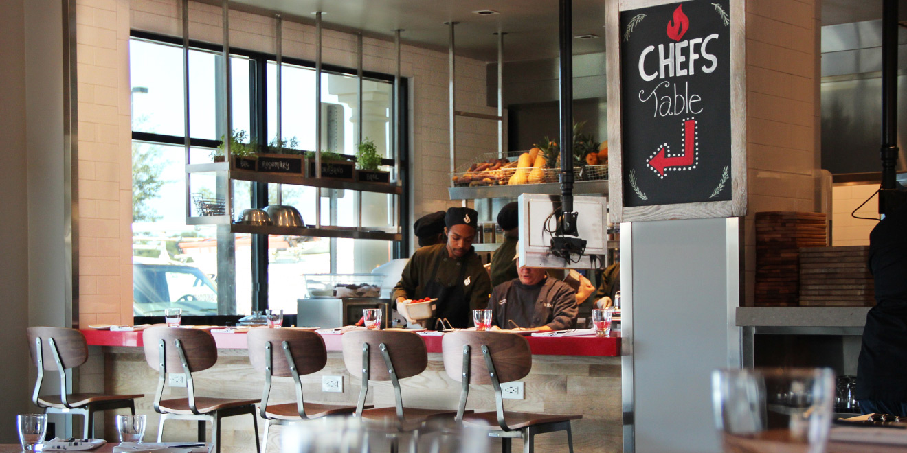 Why America S Aging Casual Dining Chains Are Quietly