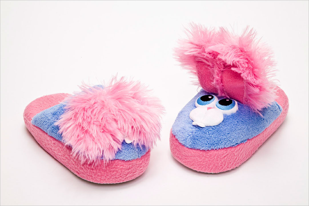 It\'s Stompeez vs. Silly Slippeez in the Stompable-Slipper Wars ...