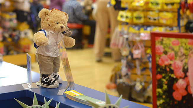 build a bear marketing Marketing concept of build- bear- workshop abstract: build-a-bear is a toy making company started by maxine clark in 1996 she gave preference to customer satisfaction.