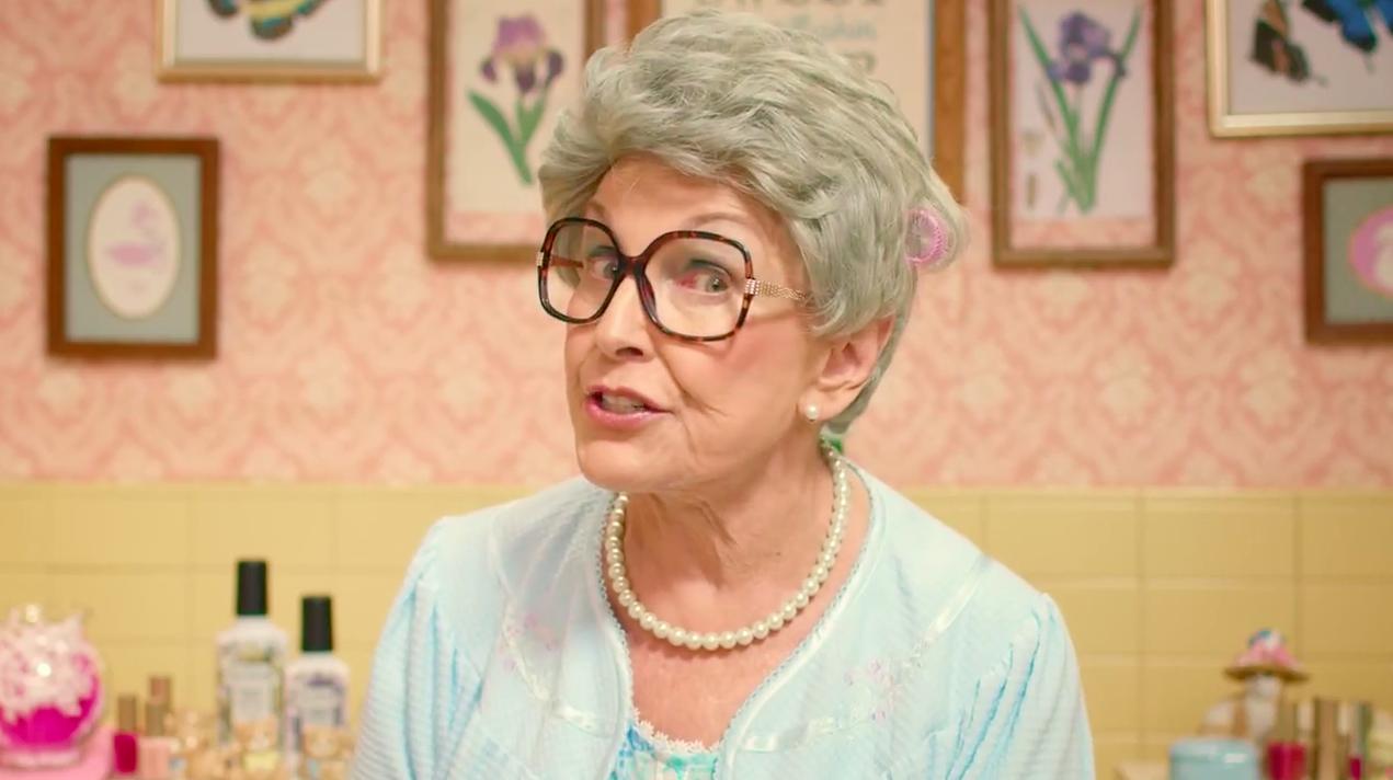 Granny phyllis peeing