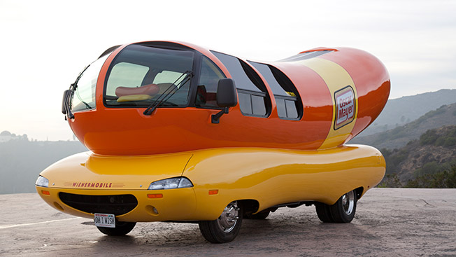 oscar mayer app invites you to find the six wienermobiles adweek. Black Bedroom Furniture Sets. Home Design Ideas