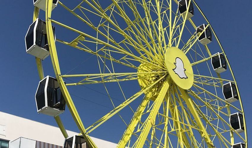 Snapchat Is Dominating The Cannes Skyline With A Ferris Wheel At The