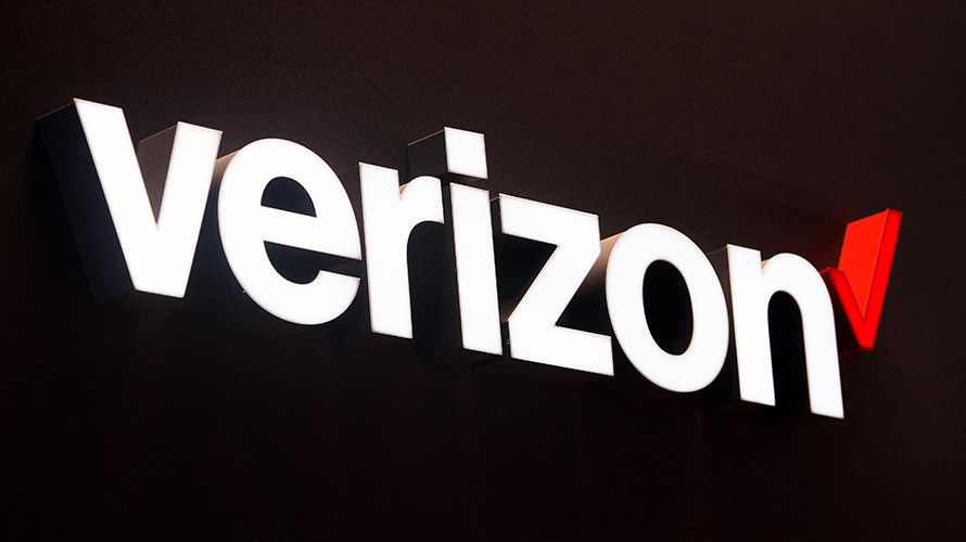 5364d4a2f80 Verizon selected Apple and Google as its initial video streaming partners  for its residential 5G rollout