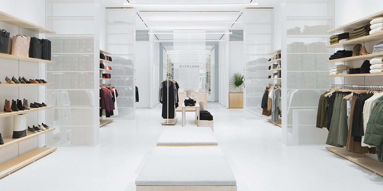 6f59d68be20 Clothing retailer Everlane has showrooms in New York and San Francisco  where shoppers can buy items as well as make returns.