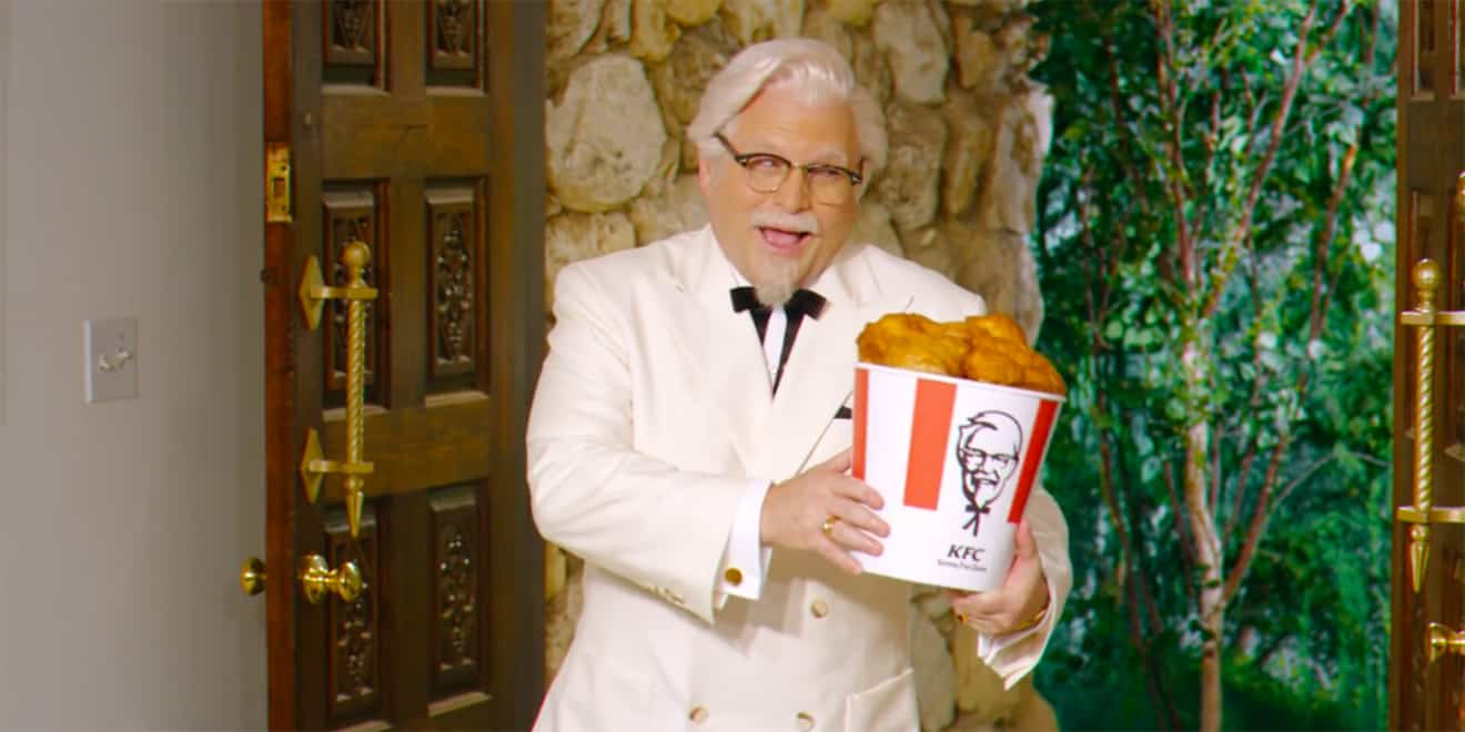 colonel costanza jason alexander turns kfc s new ads into a surreal