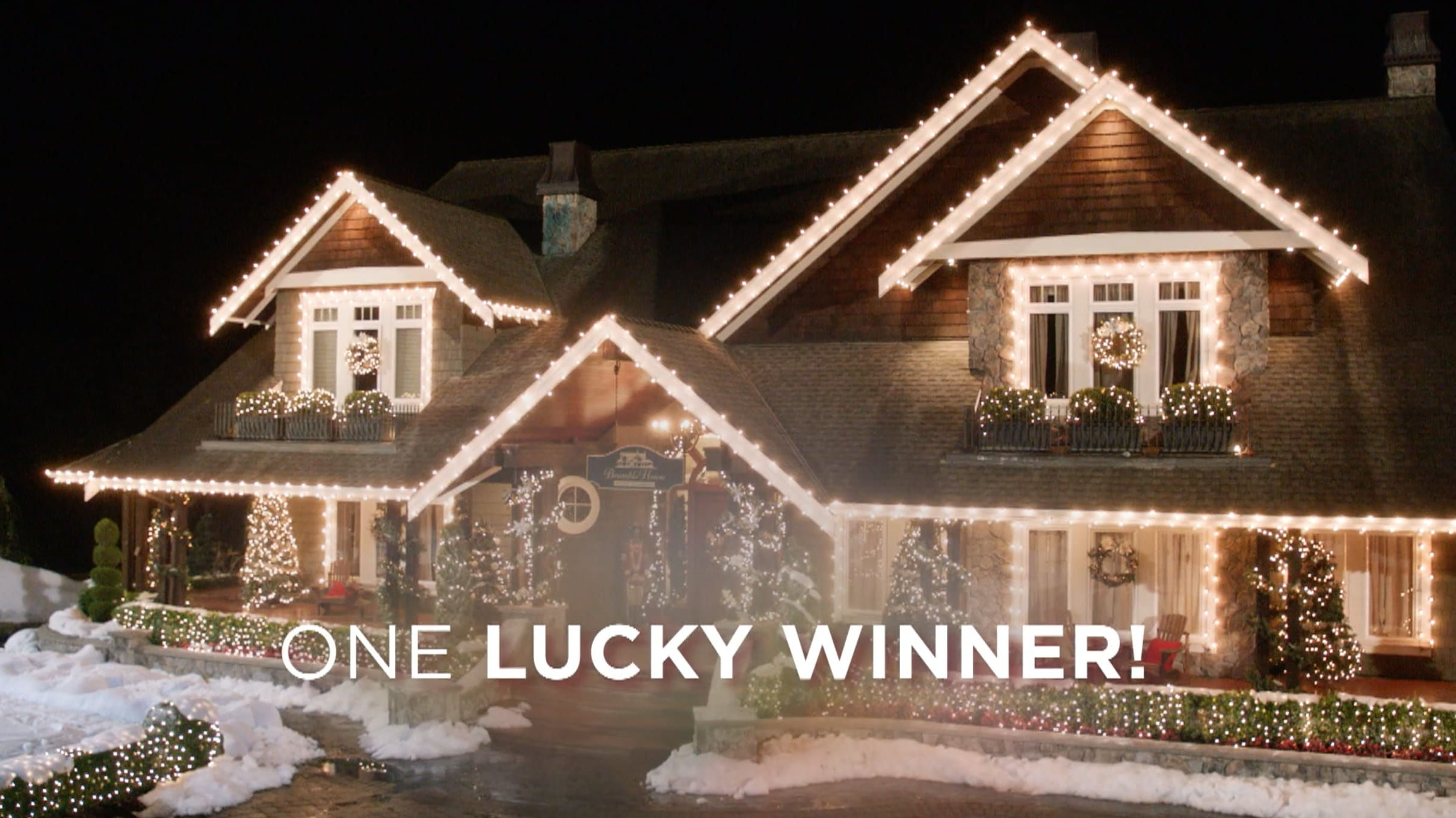 hallmark channels holiday home decoration sweepstakes runs through sept 21 - Hallmark Christmas Decorations