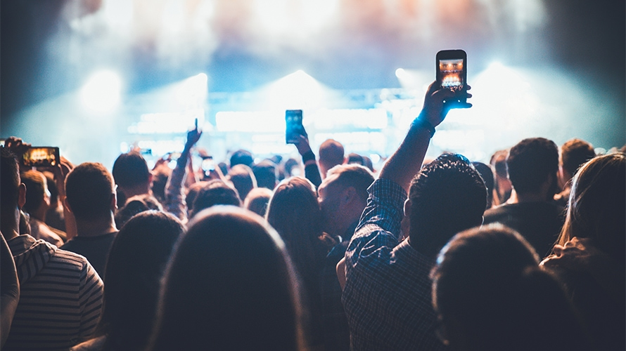 How Making Social Media a Centerpiece of Experiences Can Create Lasting Value for Consumers