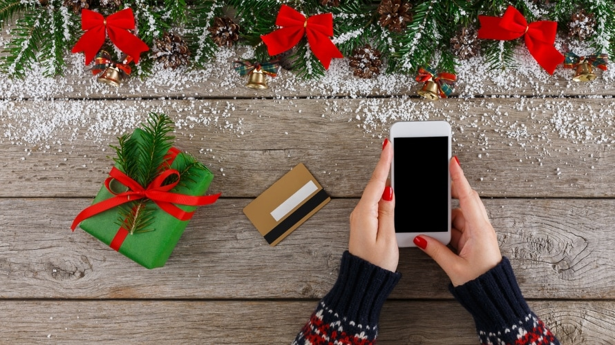 Facebook Shared 5 Holiday Shopping Season Tips For Marketers Adweek
