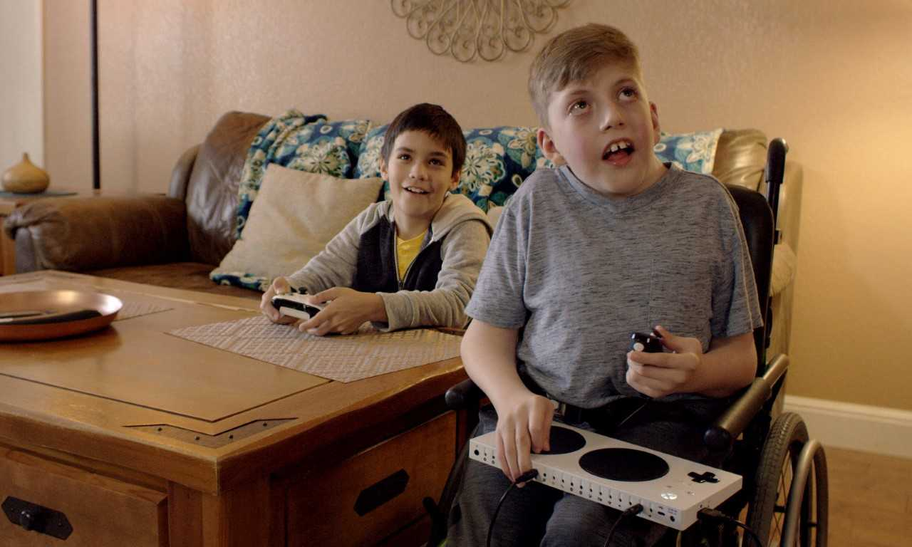 deed425d11e0 Microsoft Celebrates Disabled Young Gamers in Touching Super Bowl ...