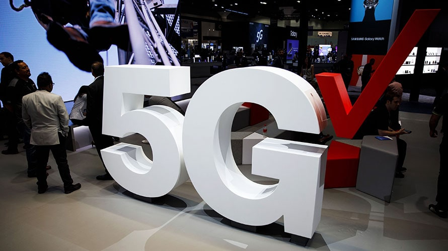Verizon Will Debut Its 5G Network in 2 Cities Next Month. And This Time There's No Catch