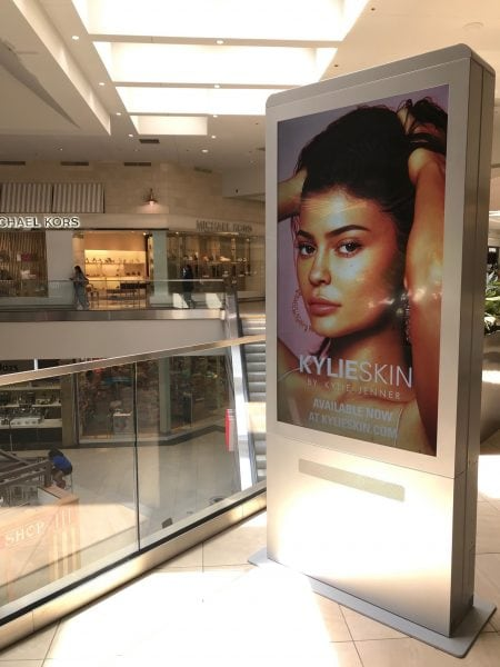 Kylie Skin advertised on a DOOH screen in Dunwoody, Ga.