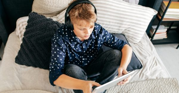 Younger Teens Can No Longer Livestream on YouTube Without an Adult Present