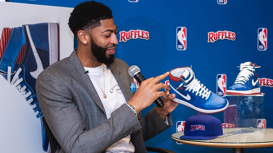 Nba Star Anthony Davis Chips In On Designing A Sneaker As
