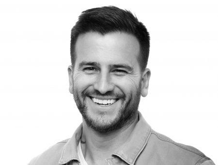 Headshot of Andrés Ordóñez