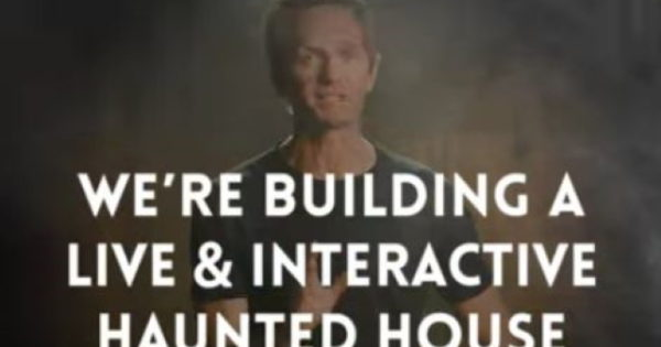 Reese's, Neil Patrick Harris Open the Doors to an Interactive Trick-or-Treat House