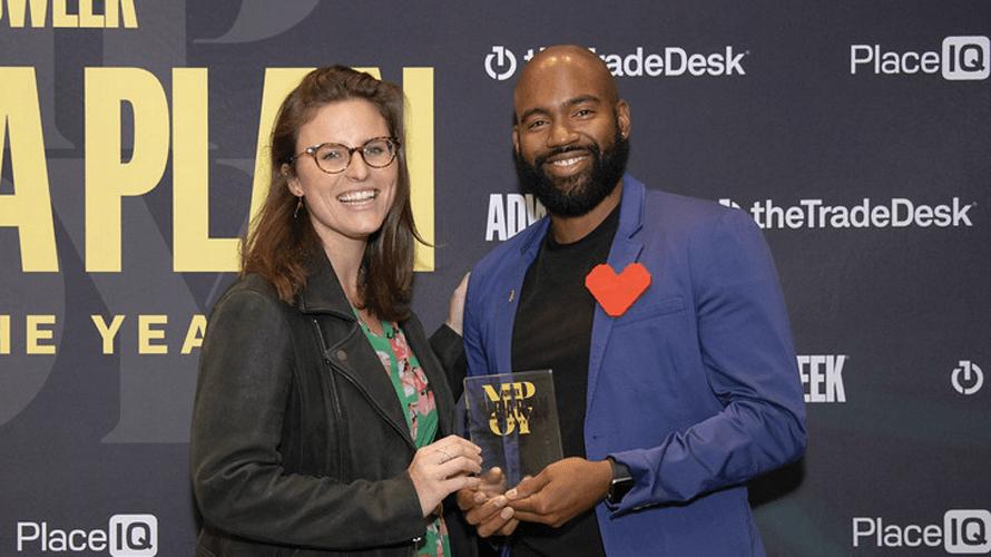 Célébrer la créativité lors du plan média de l'année – Newstrotteur facetime mpoy couple content 2019