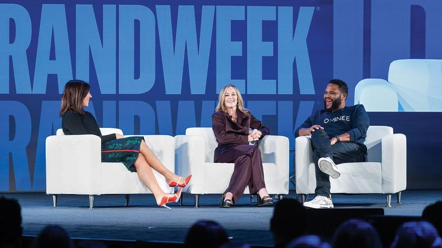 Chrissy Teigen et les grands spécialistes du marketing brillent à Brandweek – Newstrotteur AWFACETIME 2