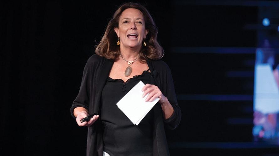 Chrissy Teigen et les grands spécialistes du marketing brillent à Brandweek – Newstrotteur AWFACETIME 3