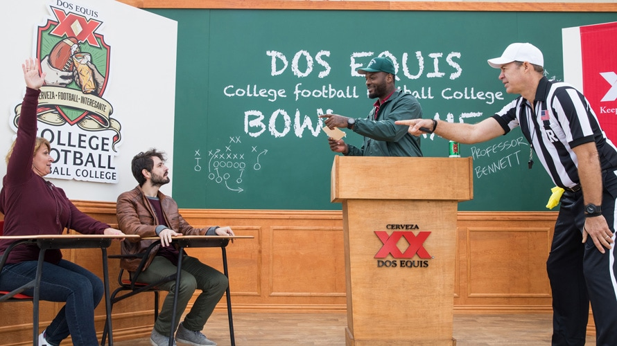 Football star Martellus Bennett quizzes football fans at the Dos Equis College Football Football College Bowl Game