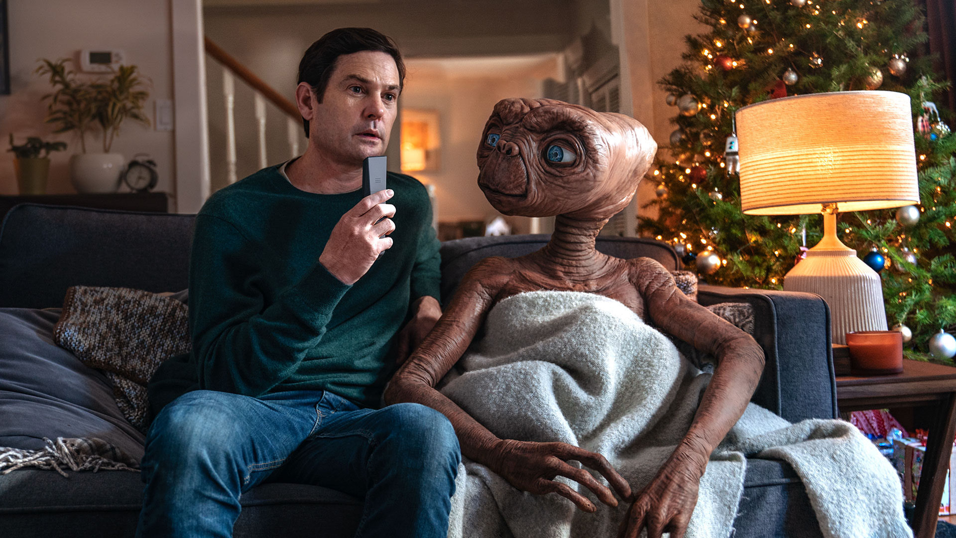 E.T. Returns To Earth In Sky's New Christmas Advert
