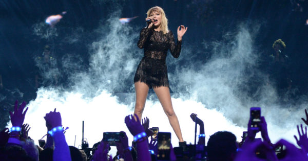 Why Taylor Swift's Singles Day Performance Could Be Trouble (Trouble, Trouble)