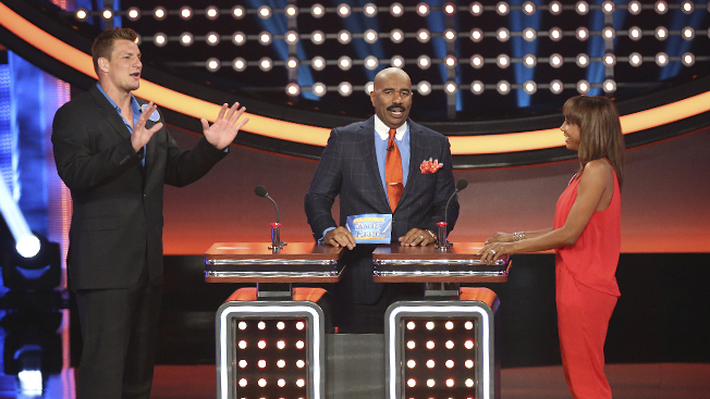 How Celebrity Family Feud Became Summer S Surprise Tv Hit