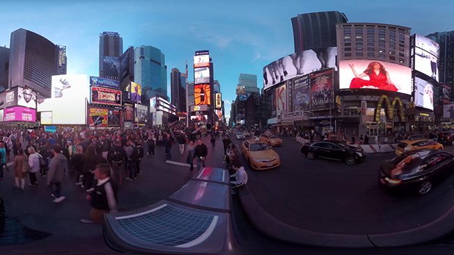 After Experimenting With 360-Degree Storytelling, Publishers Are Going All-In on VR