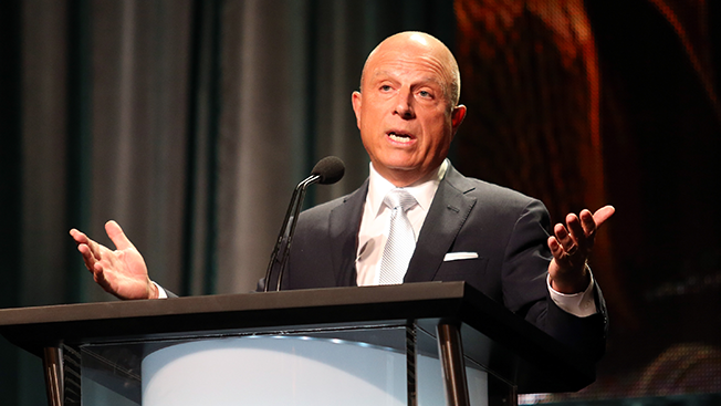 Starz Plans Its Own Stand-Alone Service to Compete With HBO and Showtime