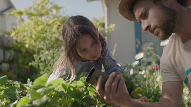 Apple Celebrates All the Ways iPhones Make You a Better Parent