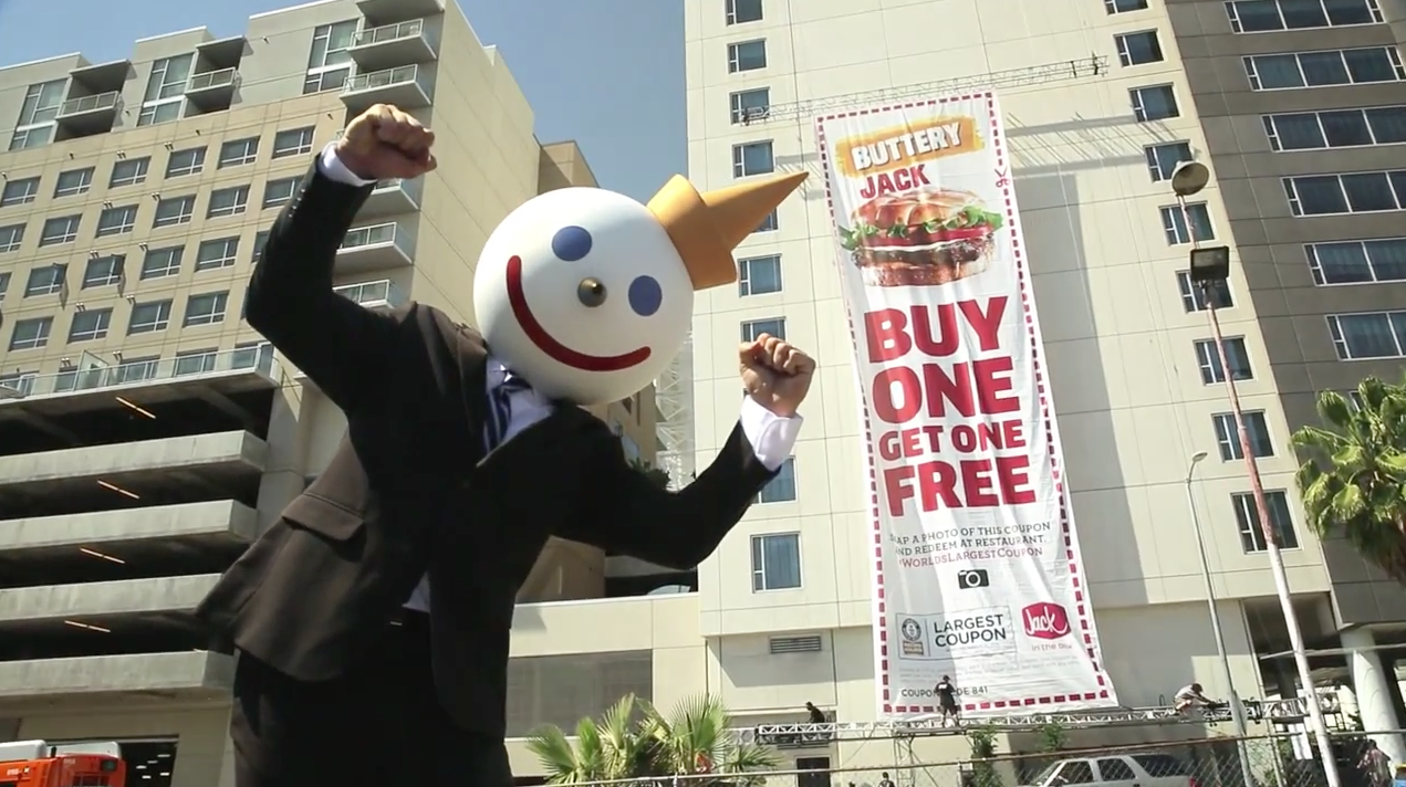 Jack In The Box Unveils The World S Largest Coupon An 8 Story High