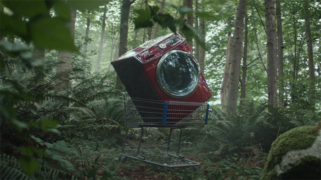 Y&R Imagines the Sad Wasteland of All Those Shopping Carts You've Abandoned Online