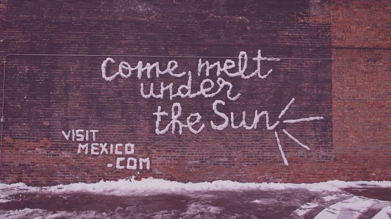 mexico tourism board made billboards out of snow in chicago this