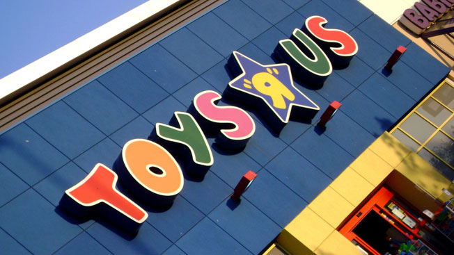 Toys R Us Freaks Out As 4 Out Of 5 Kids Don T Know Its Old Jingle