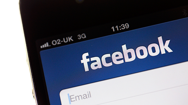 Facebook's New Custom Ad Tools Target an Audience From Desktop to Mobile