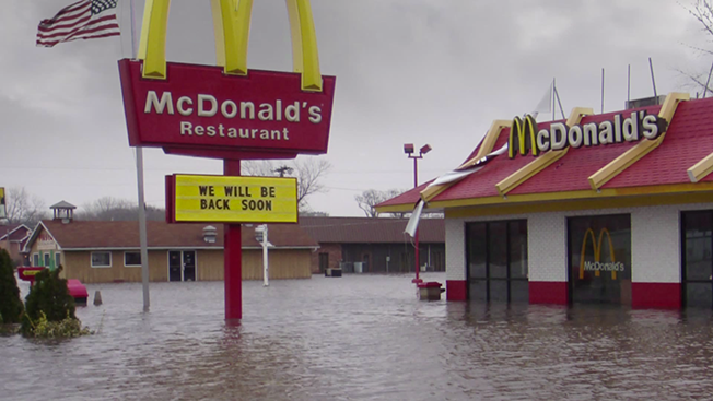 McDonald's Brand Sentiment Drops With 'Signs' Campaign, but Not by Much
