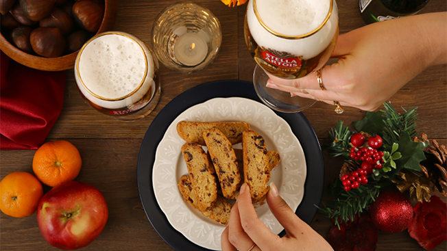 Here's a Look at Instagram's First Beer Ads From Stella Artois