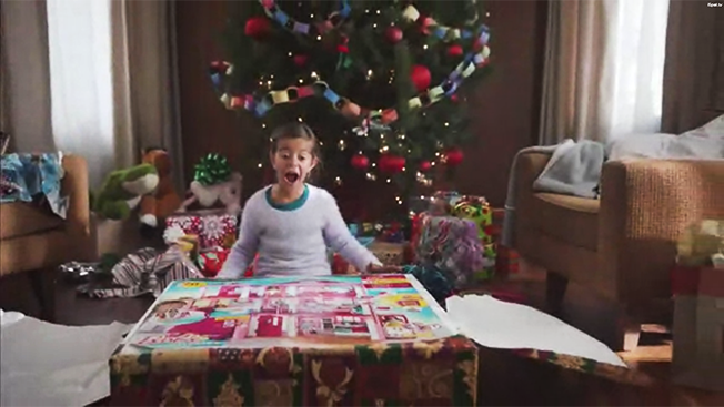 Target Christmas Commercial.Walmart Target And Verizon Have Spent The Most On Holiday