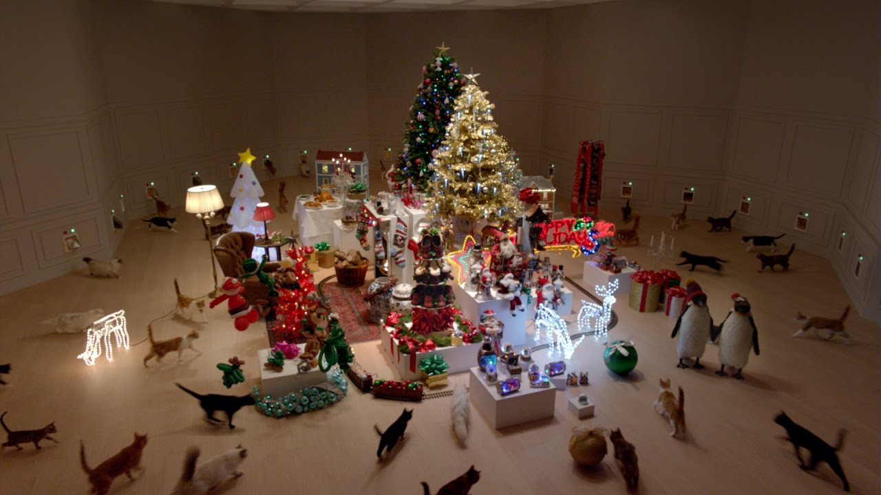 Cats Totally Destroy a Holiday Wonderland in This Raucous Ad for ...