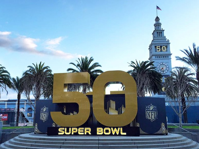 Industry Experts: Amp Up Your Super Bowl Sunday Social With These