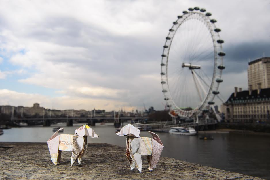 Beagle Life Insurance >> Origami Beagles Conquer London In Releasethepounds Stunt